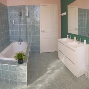 salle-de-bain-chambre-d-hote-chateau-lavalade-tarn-et-garonne-mariage-seminaire