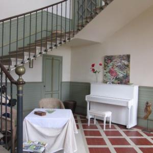 entree-d-hote-chateau-lavalade-tarn-et-garonne-mariage-seminaire